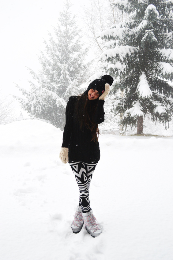 snow extreme weather outfit
